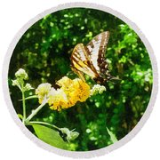 Yellow Swallowtail On Yellow Lantana Round Beach Towel
