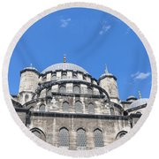 Yeni Cammii Mosque 12 Round Beach Towel