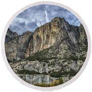 Yosemite Falls Dry Round Beach Towel
