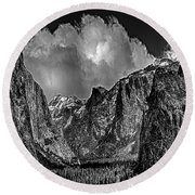 Yosemite Valley From Tunnel Round Beach Towel