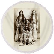 Young Kiowa Belles 1898 Round Beach Towel
