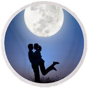 Young Lovers Embracing Before A Full Moon Round Beach Towel