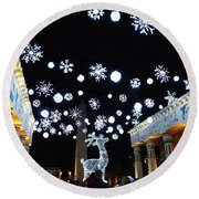 Zoo Lights At The Zoo Memphis Round Beach Towel