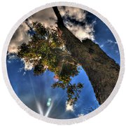 001 Reaching For The Sky Round Beach Towel