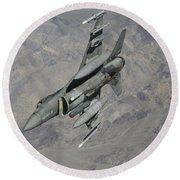 A U.s. Air Force F-16 Fighting Falcon Round Beach Towel