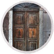 an old wooden door in Italy Round Beach Towel by Joana Kruse