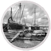 Boats On The Hard Pin Mill Round Beach Towel