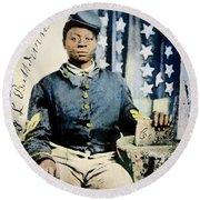 Civil War: Black Soldier Round Beach Towel