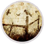 Crows And The Corner Fence Round Beach Towel