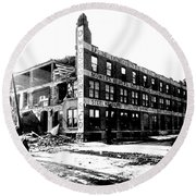 Cyclone Damage, 1896 Round Beach Towel by Science Source
