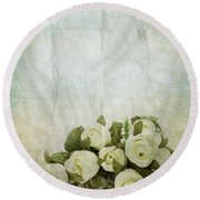 Floral Pattern On Old Paper Round Beach Towel