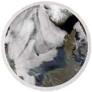 Fog In The North Sea Round Beach Towel