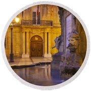 Fountain Aix-en-provence Round Beach Towel