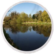 Grand Union Canal Near Denham Round Beach Towel