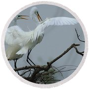 Great Egret Pair Round Beach Towel