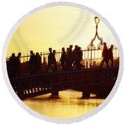 Hapenny Bridge, Dublin, Co Dublin Round Beach Towel