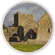 Hore Abbey, Cashel, County Tipperary Round Beach Towel