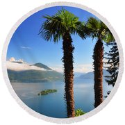 Lake With Islands Round Beach Towel