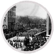 Lincolns Funeral Procession, 1865 Round Beach Towel by Photo Researchers