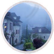 Misty Dawn In Saint Cirq Lapopie Round Beach Towel