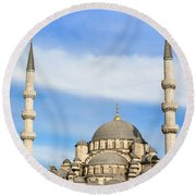 New Mosque In Istanbul Round Beach Towel