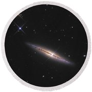 Ngc 4013 Is An Edge-on Unbarred Spiral Round Beach Towel
