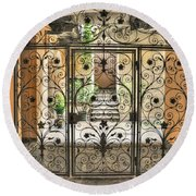 Old Gate Round Beach Towel