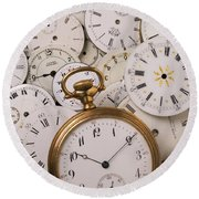 Old Pocket Watch On Dail Faces Round Beach Towel