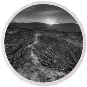 Path To The Sun   Black And White Round Beach Towel