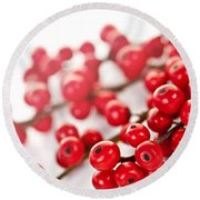 Red Christmas Berries Round Beach Towel