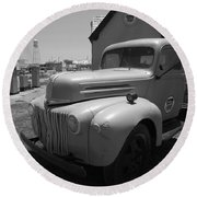Route 66 Truck And Gas Station Round Beach Towel