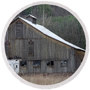 Rustic Weathered Mountainside Cupola Barn Round Beach Towel