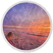 Shelling Round Beach Towel