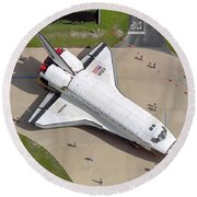 Space Shuttle Atlantis Round Beach Towel