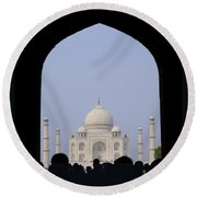 Taj Mahal, Agra India Round Beach Towel
