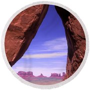 Teardrop Arch Monument Valley Round Beach Towel