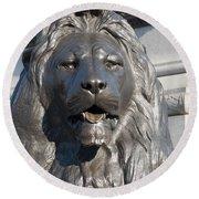Trafalgar Square Lion Round Beach Towel