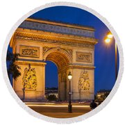 Twilight At Arc De Triomphe Round Beach Towel