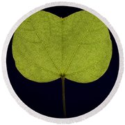 Two Lobed Leaf Round Beach Towel