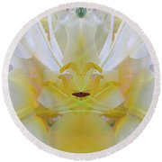 Lily Fantasy Round Beach Towel