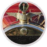 1915 Brewster-knight Model 41 Landaulet Hood Ornament 2 Round Beach Towel