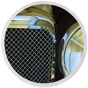 1932 Alvis-6 Speed 20 Sa Grille Emblem Round Beach Towel