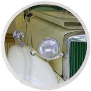 1952 Mg Roadster  Side View Round Beach Towel