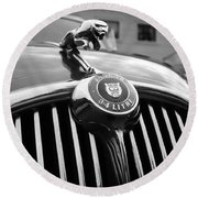 1963 Jaguar Front Grill In Balck And White Round Beach Towel
