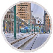 1st Real Snowfall Metro Rail 2012 Round Beach Towel