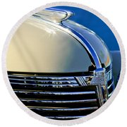 1933 Chevrolet Hood Ornament Round Beach Towel