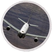 A U.s. Air Force Rc-135 Rivet Joint Round Beach Towel