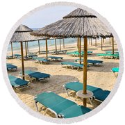 Beach Umbrellas On Sandy Seashore Round Beach Towel