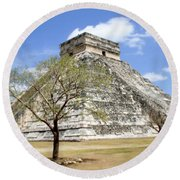 Chichen Itza Round Beach Towel