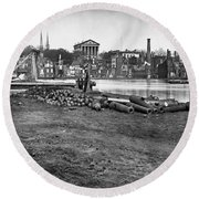 Civil War: Richmond, 1865 Round Beach Towel